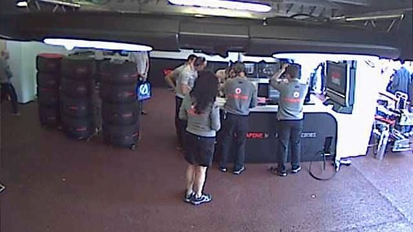 F1 voyeur peeking inside a formula 1 garage access for Garage mercedes monaco