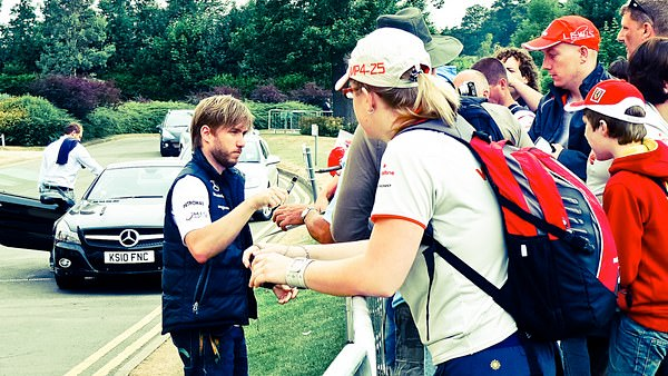 Heidfeld is happy to sign for anyone right now.