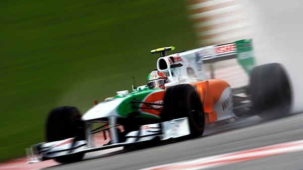 Sidepodcast F1: Tonio Liuzzi is but a blur as he navigates a damp Spa-Francorchamps
