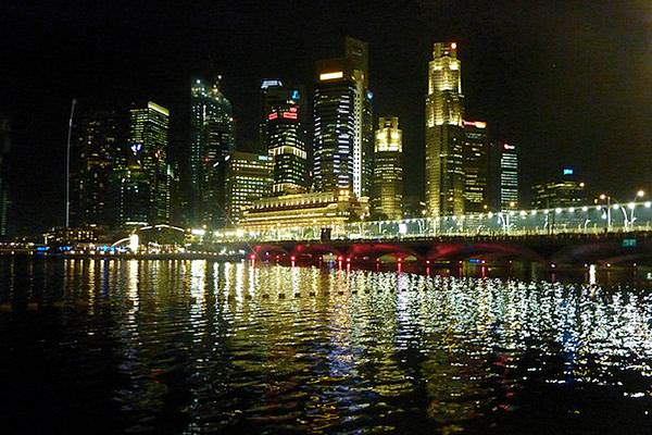 Singapore leaves a lasting impression, both on and off track