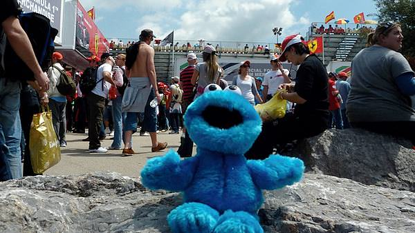 Cookie Monster makes his tour debut in Spain