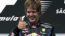 Vettel gives the thumbs up