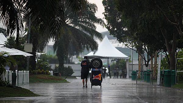 The rain comes down hard in Malaysia