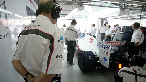 Peter Sauber keeps a watchful eye on his team