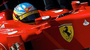 Fernando Alonso signs with Ferrari until 2016