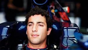 Daniel Ricciardo to drive for HRT from Britain onwards