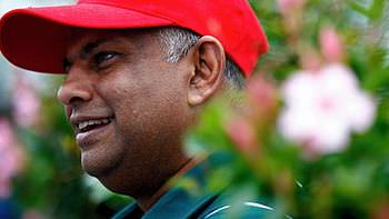 Tony Fernandes discounts tickets prices