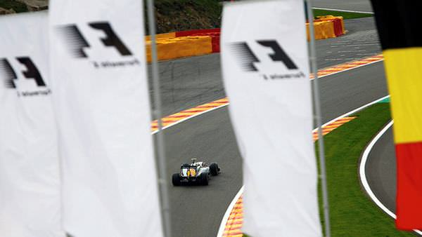 The flags are waving around the Spa-Francorchamps