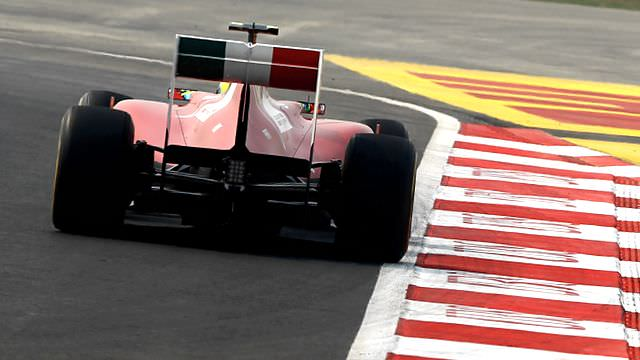 Lewis Hamilton and Felipe Massa lead practice in India