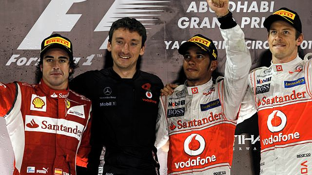 Hamilton wins in Abu Dhabi, as Vettel spins out
