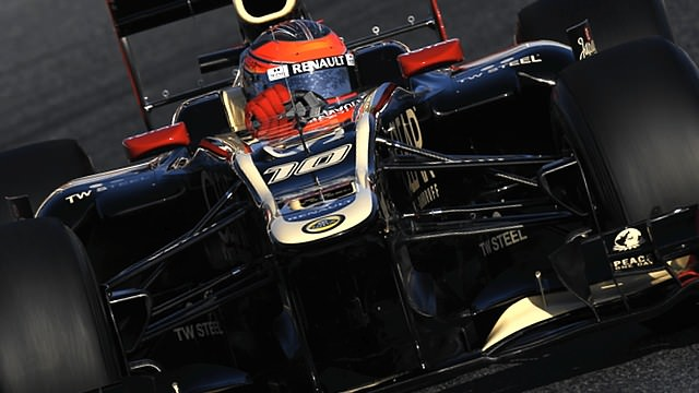 Lotus pull out of Barcelona test after seven laps