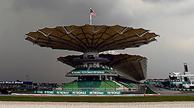 The second of two ninety minutes sessions will be completed around the Sepang International circuit today, with drivers testing out (weather depending) the medium and hard compounds. Make sure you get a good look at the sidewalls, and note whether you can tell the difference between the silver and white stripes. Equally, keep an eye on any teams bringing new and unusual parts to their cars this early on in proceedings.