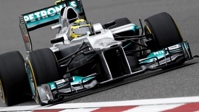 Nico Rosberg takes pole position for the Chinese Grand Prix