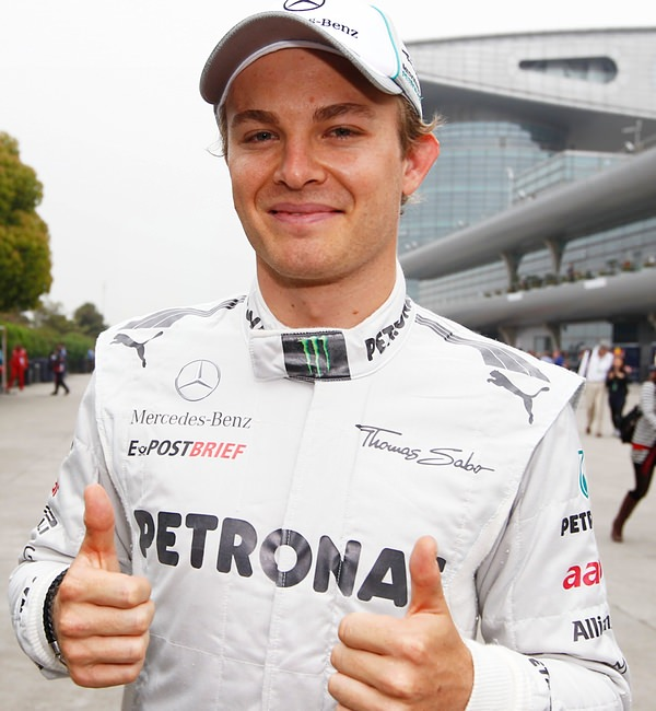 Rosberg gives his day the double thumbs up