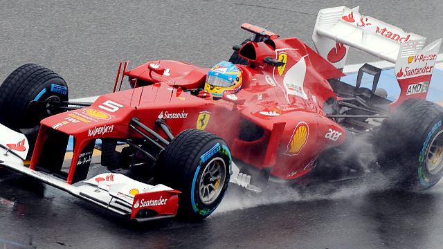 Fernando Alonso gets the better of the weather at Hockenheim