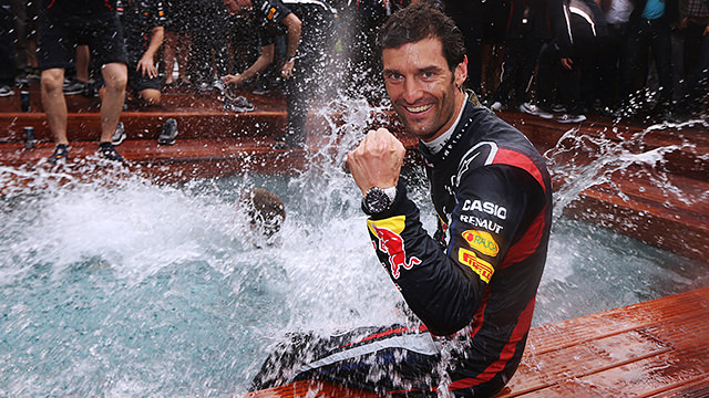 Webber extends Red Bull contract to 2013