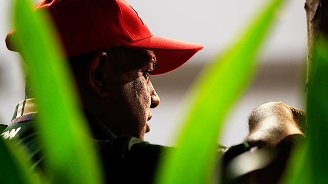Tony Fernandes set to step down from F1 role
