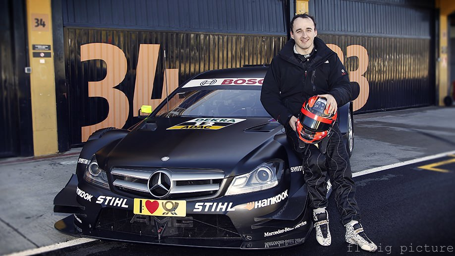 Robert Kubica takes further steps on the road to recovery