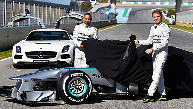Mercedes launch the F1 W04 in Jerez
