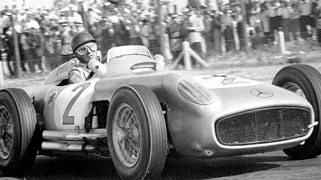 Argentinean Grand Pri, Buenos Aires. Juan Manuel Fangio in the Mercedes-Benz W 196 R