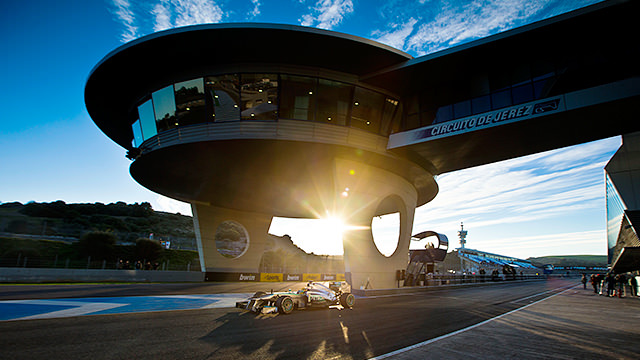 Mercedes in F1 test at Jerez