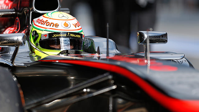 Pérez leads the way for McLaren but struggles on the tyres