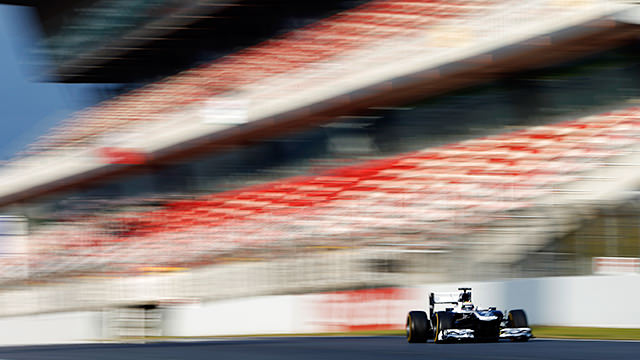 The FW35 has a trouble-free debut in Barcelona