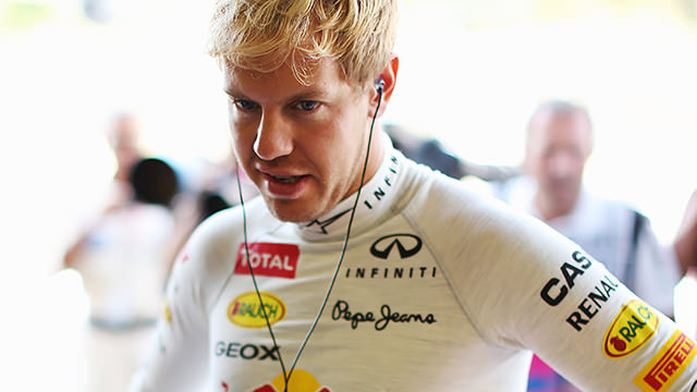 It's a Red Bull front row in Italy, but Hülkenberg steals the spotlight