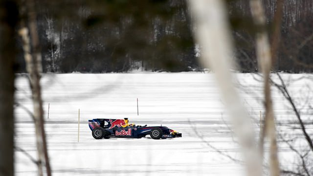 Buemi takes an F1 car on a frozen lake