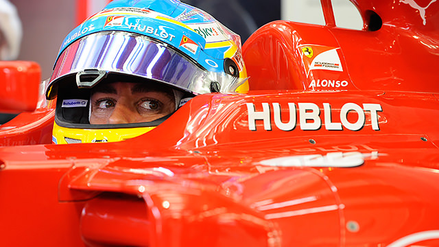 Alonso recovers from a smoky start to proceedings