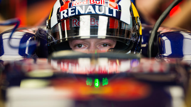 Kvyat set for his first F1 qualifying session