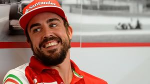 Alonso puts pressure on young drivers