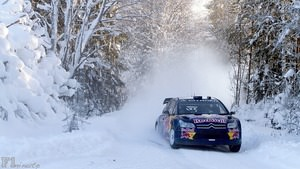 Räikkonen navigates the snowy Arctic Rally route