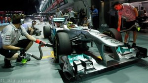 Mercedes show willingness to tweak qualifying strategy for race pace