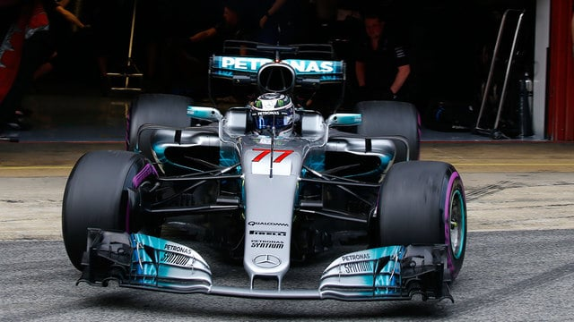 Bottas tops the time on day two