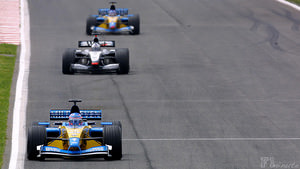 Jenson Button leads the Spanish Grand Prix for Renault in 2002