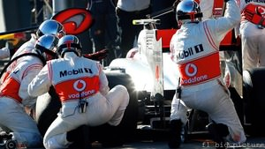 Jenson Button frustrated by Australia race, but McLaren look fast
