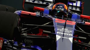 Sainz shines on a starry night