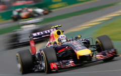 Sidepodcast: Ricciardo excluded from GP results after fuel error