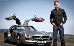 Sidepodcast: David Coulthard versus Mercedes-Benz World