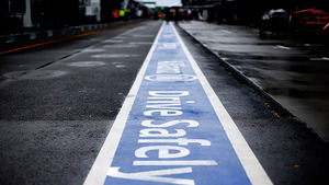 Pitlane safety message