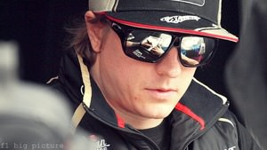 Kimi gets ready for his first full weekend back in F1