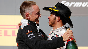 Martin Whitmarsh and Lewis Hamilton, podium celebrations in Austin, Texas