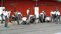 Sidepodcast: Sauber give pit stops a Shake up