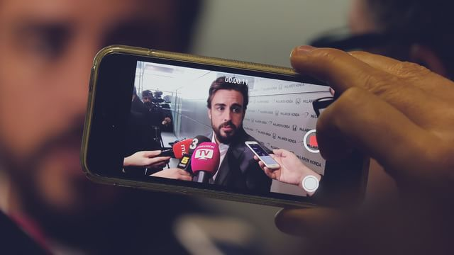 Alonso's first media interviews at McLaren