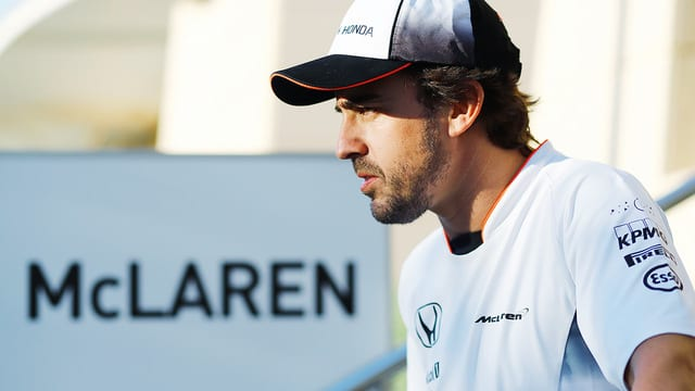 Fernando Alonso provisionally cleared to race in China