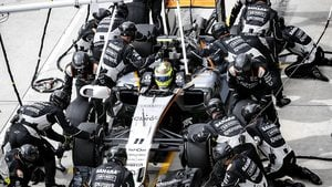 Force India stay ahead of Williams in close battle