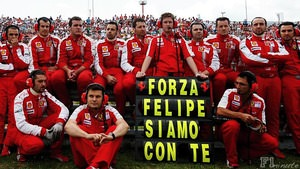Rob Smedley leads a Ferrari tribute to Felipe Massa