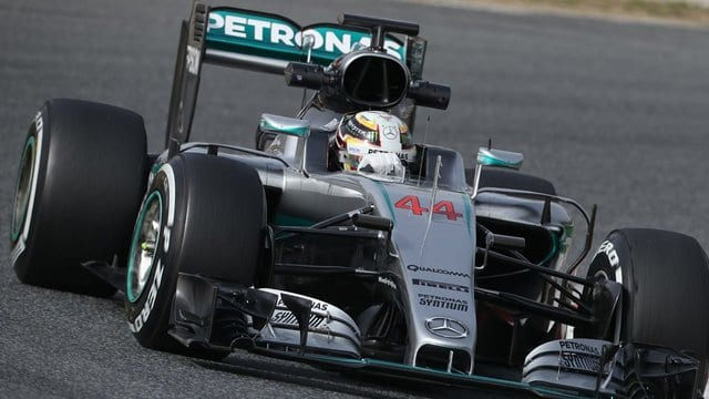 Hamilton completes more than 150 laps