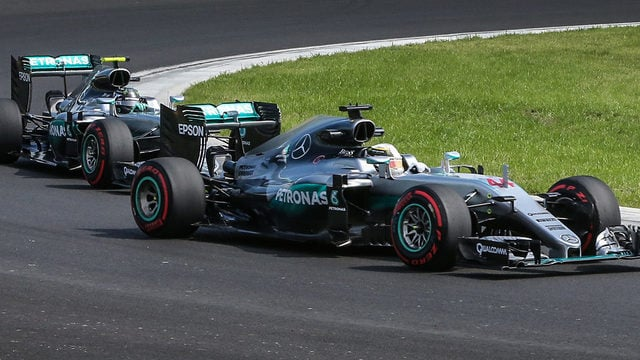 Rosberg fastest in second Hungarian practice as Hamilton crashes out